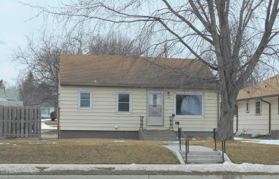 Watertown Single Family Home For Sale: 717 4th Street NE