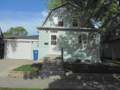 Watertown Single Family Home For Sale: 420 3rd Street NW