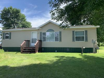 Watertown Single Family Home For Sale: 16 17th Avenue SW