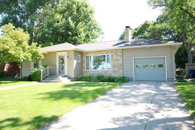 Watertown Single Family Home For Sale: 518 Skyline Drive