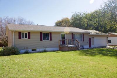 Watertown Single Family Home For Sale: 112 14th Street NE
