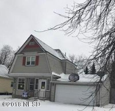 Webster Single Family Home For Sale: 407 W 8th Avenue