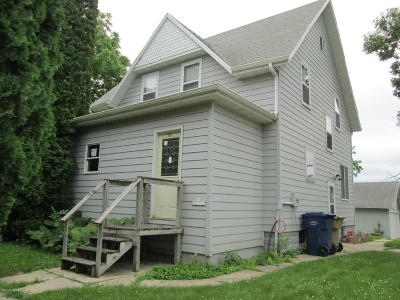 Watertown Single Family Home For Sale: 210 4th Avenue NW