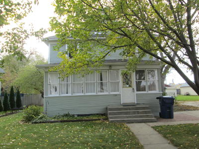 Watertown Single Family Home For Sale: 312 4th Avenue SW