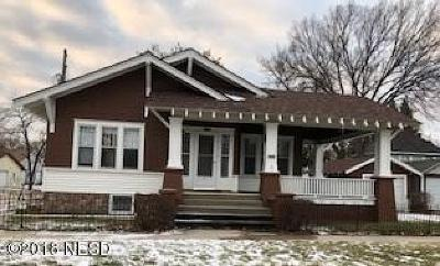 Watertown Single Family Home For Sale: 111 2nd Street SW