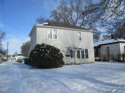Watertown Multi Family Home For Sale: 715 E Kemp Avenue
