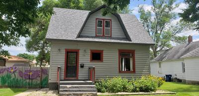 Watertown Single Family Home For Sale: 506 S Broadway Street