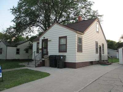 Watertown Single Family Home For Sale: 1125 N Broadway Street