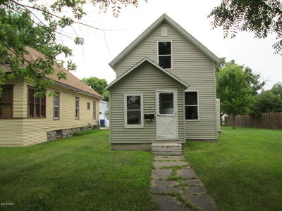 Watertown Single Family Home For Sale: 304 2nd Street SW