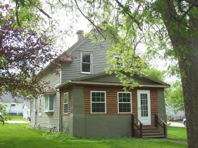 Sisseton Single Family Home For Sale: 604 4th Avenue E