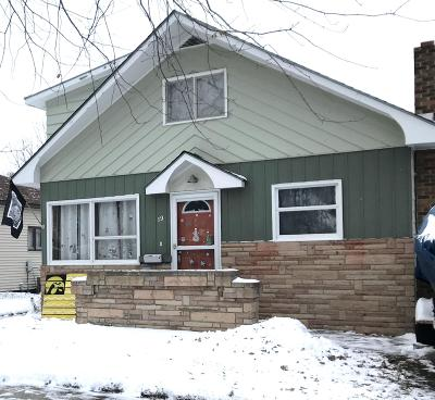 Watertown Single Family Home For Sale: 19 7th Street NE