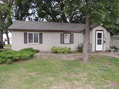 Watertown Single Family Home For Sale: 717 2nd Street SE