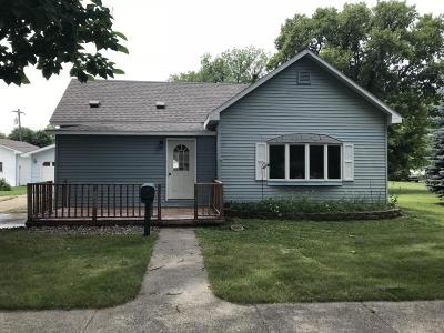 Milbank Single Family Home For Sale: 306 S Viola Street