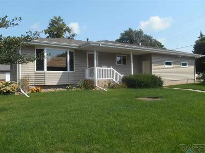 Canton SD Single Family Home For Sale: $175,000