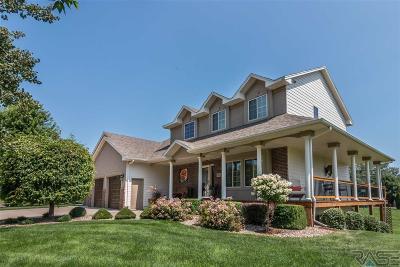 Brandon Single Family Home For Sale: 26604 Tucker Dr