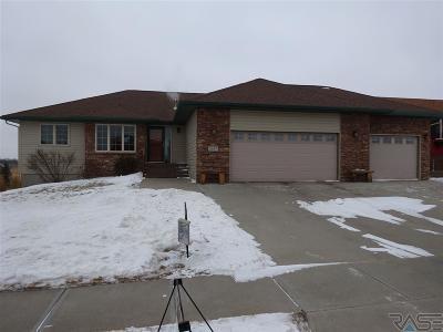 Single Family Home For Sale: 2617 E Sunrise Ct