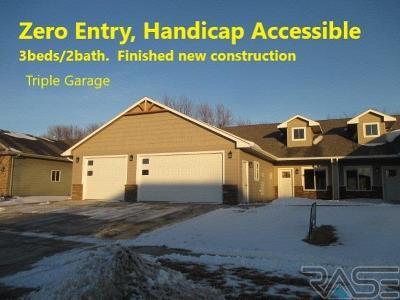 Harrisburg Single Family Home For Sale: 310 Emmett Trl