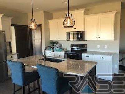 Brandon Single Family Home For Sale: 1604 Liberty Cir