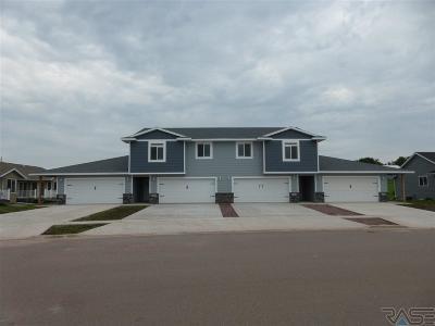 Brandon Condo/Townhouse For Sale: 2522 E Augusta St