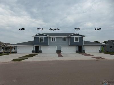 Brandon Condo/Townhouse For Sale: 2520 E Augusta St
