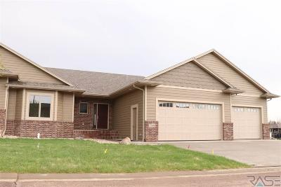 Sioux Falls, Harrisburg, Brandon, Tea, Worthington, Lennox, Canton, Hartford, Crooks, Renner, Humboldt Single Family Home For Sale: 7501 S Grand Arbor Pl