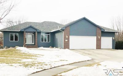 Sioux Falls, Harrisburg, Brandon, Tea, Worthington, Lennox, Canton, Hartford, Crooks, Renner, Humboldt Single Family Home For Sale: 613 Quail Cir