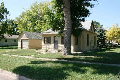 Beresford Single Family Home For Sale: 101 S 4th St