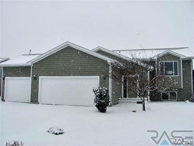 Brandon Single Family Home For Sale: 1401 W Meadowbrook Trl