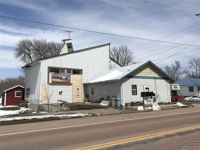 Single Family Home For Sale: 155 W Us 18 Hwy