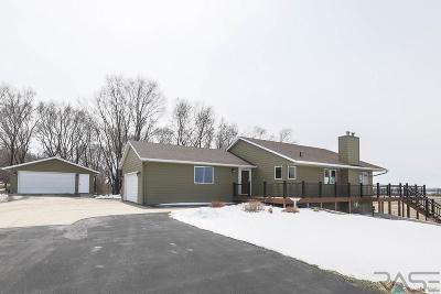 Sioux Falls, Harrisburg, Brandon, Tea, Worthington, Lennox, Canton, Hartford, Crooks, Renner, Humboldt Single Family Home For Sale: 47515 255th St