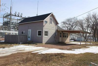 Lennox Single Family Home For Sale: 412 N Elm St