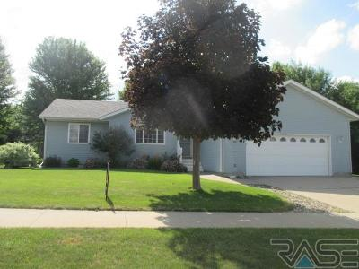 Canton SD Single Family Home Active - Contingent Misc: $209,500