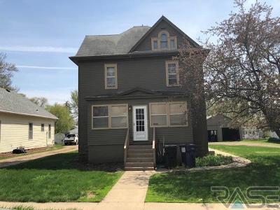 Lennox Multi Family Home For Sale: 309 E 2nd Ave