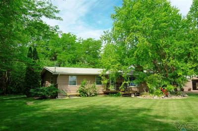 Harrisburg Single Family Home For Sale: 27477 471st Ave