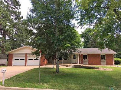 Canton SD Single Family Home Active - Contingent Misc: $259,900