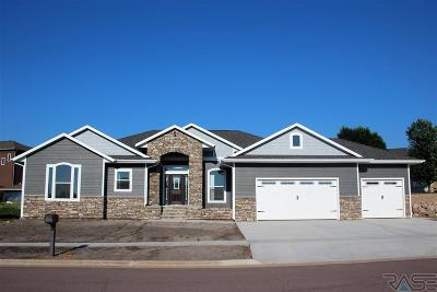 Dell Rapids Single Family Home For Sale: 1010 Birdie Dr