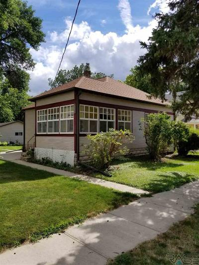 Lennox Single Family Home Active-New: 205 W 2nd Ave