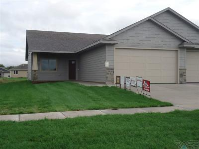 Single Family Home Active-New: 3509 E Stoney Brook Trl