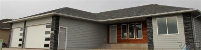 Sioux Falls Single Family Home For Sale: 6400 E 33rd St