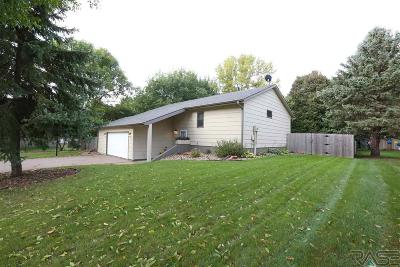 Dell Rapids Single Family Home Active - Contingent Misc: 1201 N Ladelle Ave