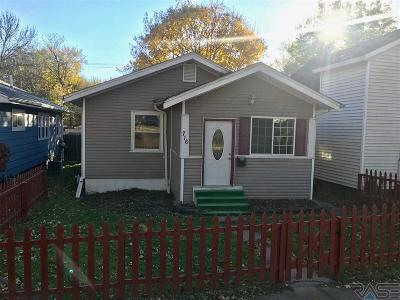Sioux Falls Single Family Home For Sale: 716 N Prairie Ave