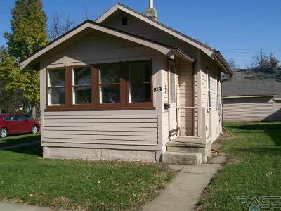 Sioux Falls Single Family Home For Sale: 818 N Prairie Ave