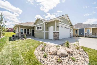 Sioux Falls Single Family Home For Sale: 8637 W Bryggen Ct