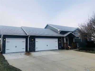 Sioux Falls Single Family Home For Sale: 7209 W Rough Rider Cir