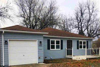 Sioux Falls, Harrisburg, Brandon, Tea, Worthington, Lennox, Canton, Hartford, Crooks, Renner, Humboldt Single Family Home For Sale: 3313 E 18th St