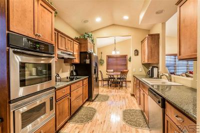Sioux Falls Single Family Home For Sale: 5000 W 34th St N