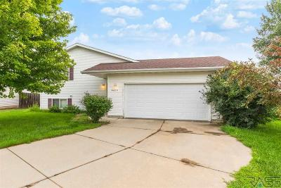 Sioux Falls Single Family Home For Sale: 4420 W Briggs Dr