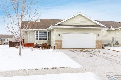 Sioux Falls, Harrisburg, Brandon, Tea, Worthington, Lennox, Canton, Hartford, Crooks, Renner, Humboldt Single Family Home For Sale: 4813 S Dunlap Ave
