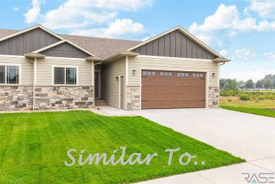 Sioux Falls SD Single Family Home Active - Contingent Misc: $338,900
