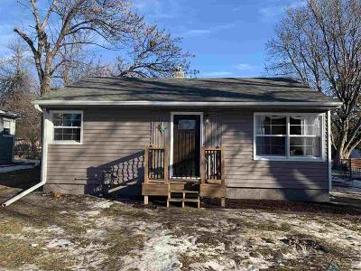 Sioux Falls SD Single Family Home For Sale: $132,900